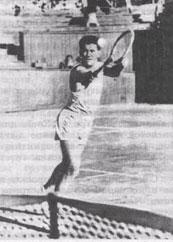Э.Негребецкий и Е.Кудрявцев - партнёры и многолетние соперники. Разве могут забыть любители тенниса техничную, элегантную игру первого и мощную, напористую игру второго.