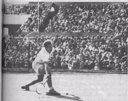 В истории отечественного тенниса С.Андрееву принадлежит видное место не только как многократному чемпиону СССР в одиночных и парных разрядах, но и в качестве старшего тренера сборной страны.