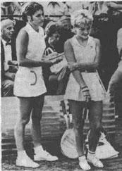 Победителями открытого чемпионата США стали О.Морозова и М.Крошина, одержавшие верх над своими знаменитыми соперницами Б.Кинг и Р.Казалс.